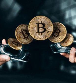 بلومبرگ: بیت کوین دو برابر شده و به ۲۰۰۰۰ دلار خواهد رسید